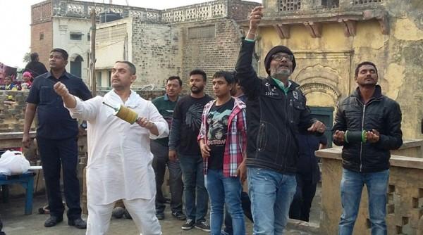 Aamir Khan celebrates Makar Sakranti on Dangal sets
