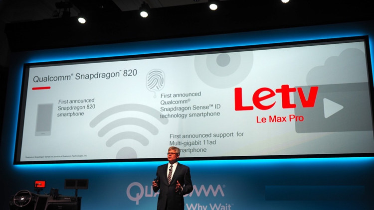 World's first smartphone with Qualcomm Snapdragon 820 chipset is out