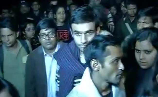 JNU students Umar Khalid, Anirban Bhattacharya surrender