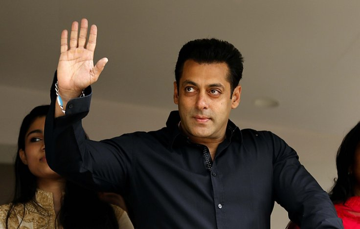 SC issues notice to Salman Khan in 2002 hit-and-run case