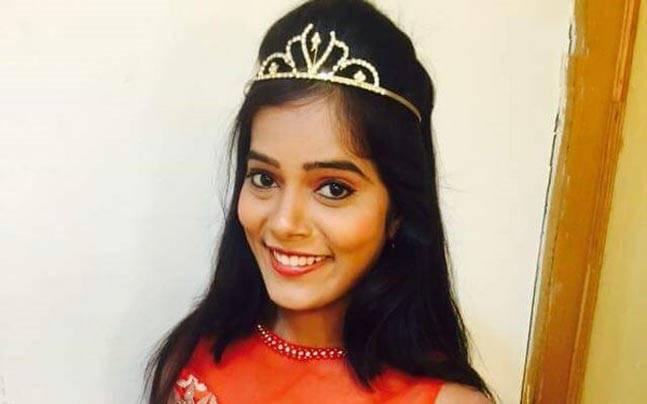 Telugu VJ Nirosha commits suicide in Secunderabad