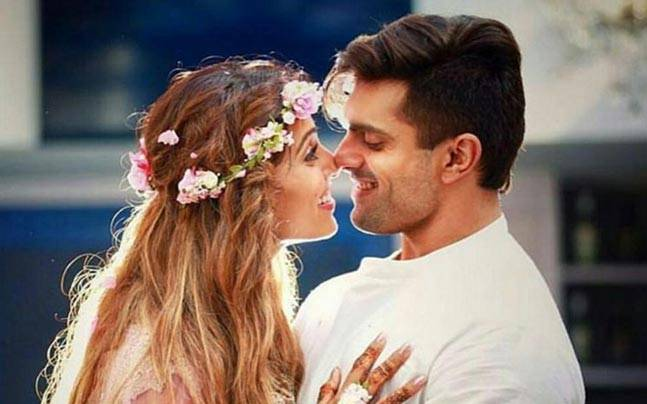 Bipasha Basu Was Asked For Baby News on Twitter. Here's What She Replied (4)
