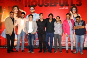 Abhishek Bachchan Perfectly Nails A Reporter At Housefull 3 Success Meet (1)