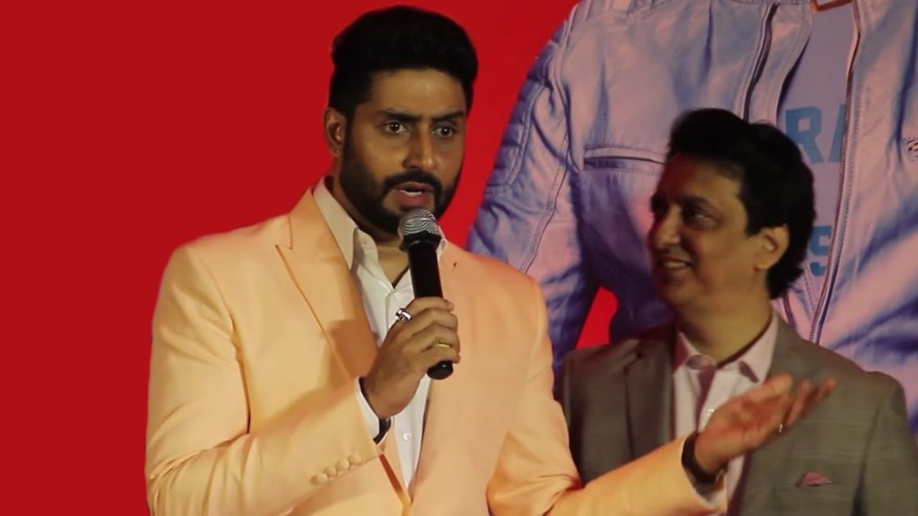 Abhishek Bachchan Perfectly Nails A Reporter At Housefull 3 Success Meet (2)