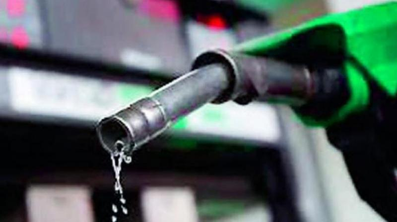 Daily Fuel Rates Revised, Dealers Shut Shops at Karnataka due to unsatisfactory