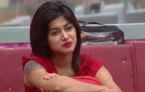 Tamil Bigg Boss Oviya Receives Summons for Attempting Suicide